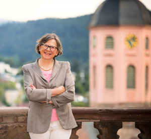Dr. Elisabeth Lammert